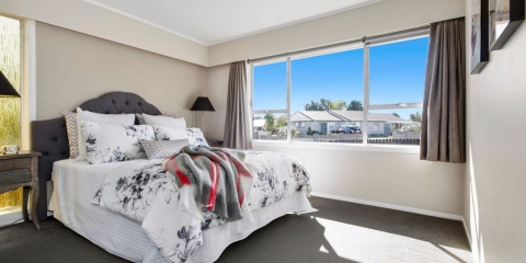 Home Staged Bedroom in Auckland recent example 19