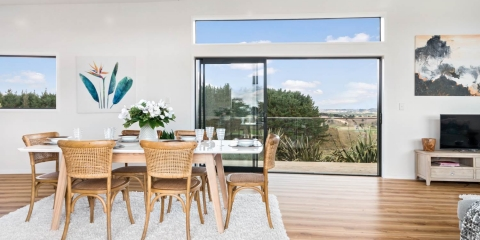 Home Staged Dining Room in Auckland 2019 example 15