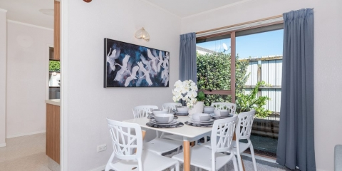 Home Staged Dining Room in Auckland 2019 example 2